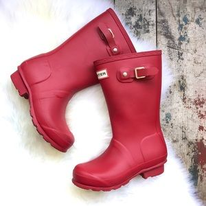 HUNTER red boots sz 13 boys 1 girls